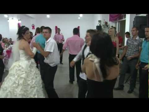 Nunta in ardeal / Romanian wedding jump