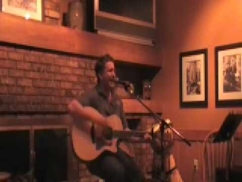 Mari Mac Live by Doug Folkins