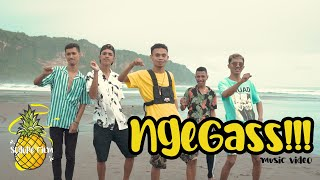 Jacson Zeran - NGEGASS !!! Ft. DochiiyDz, Omhand V (Official Music Video)
