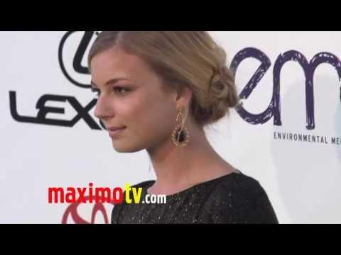 Emily VanCamp REVENGE at 2011 ENVIRONMENTAL MEDIA AWARDS Arrivals