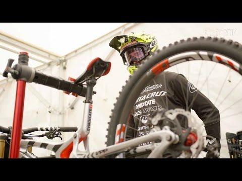 "Testing 29"" VS 26"" Downhill MTB Wheels | UCI MTB World Cup: Lourdes Practice Day"