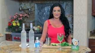 Stay Skinny this summer with my Low Calorie VODKA DRINK!