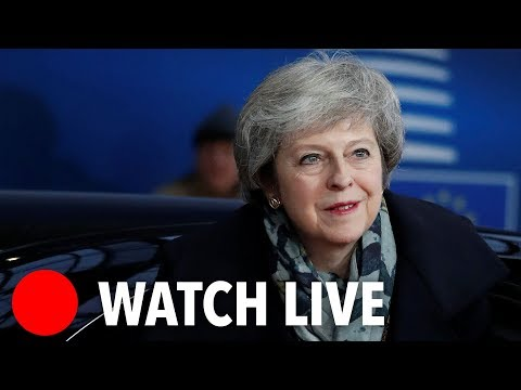 Brexit LIVE: 'Leave Means Leave' Brexiteers hold rally in Westminster