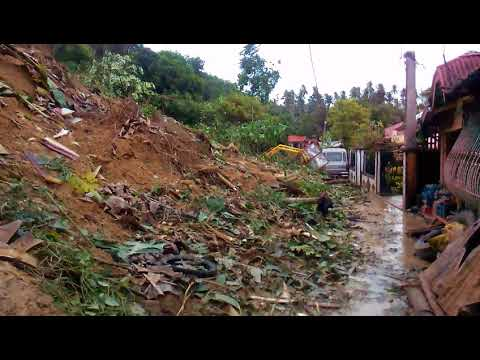 Brgy. Pinagkamaligan landslide... Calauag, Quezon....