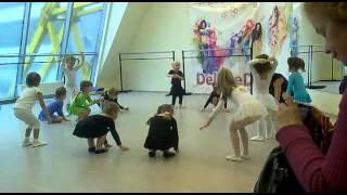 Девочки -припевочки урок танцев!