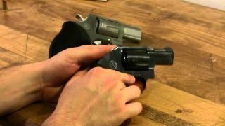 Video Taurus M445 44 Special .44 SPL revolver ultra lite review NOT Magnum download MP3, 3GP, MP4, WEBM, AVI, FLV Juni 2018