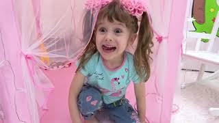 Eve ayuda a mamá en casa y consigue dulces: una historia para niños | Eva Bravo
