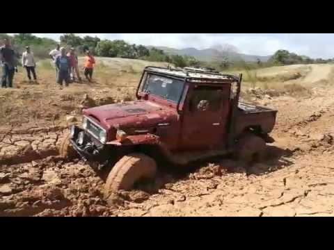 Fj45 LS Chevy 6.0 vid1(2) Land Cruiser GM LS 6.0 Chevy SWAP silverado engine ly6 in Panama