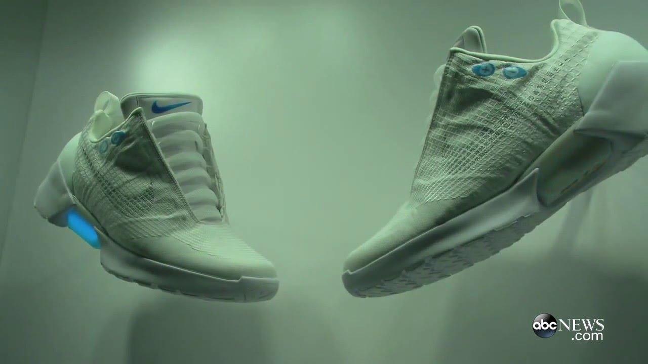 Nike Self-Lacing Shoes Hit Stores this Holiday Season