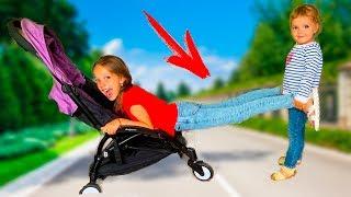 София хочет быть маленькой! Дети не поделили коляску!Скетч от Новизарики ТВ!