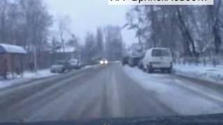 В Новозыбкове пешеход едва не спровоцировал аварию