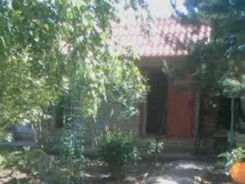 Qik - Anna and friends in Anna's house, Kazakhstan...