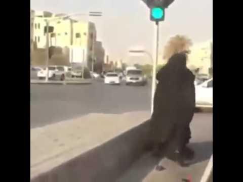 Fighting burkas thumbnail