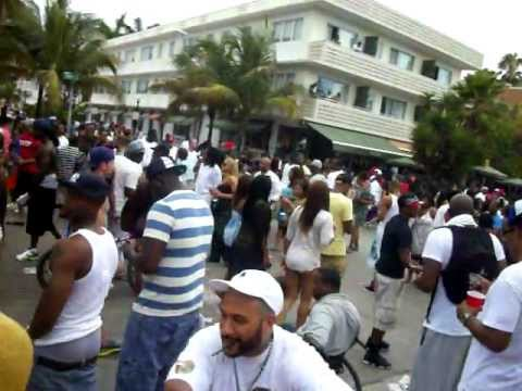 Memorial Weekend Miami South Beach Break A Hoe Tv Outside Wet