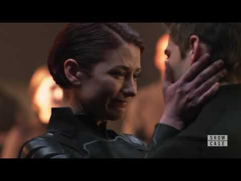 Supergirl 3x23/Kara goodbye to her mom/Winn's goodbye to everyone