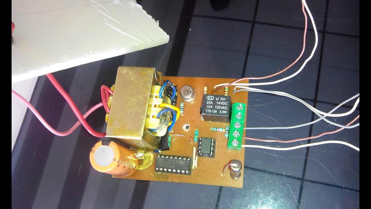 water level based pump controller using 555