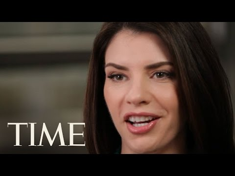10 Questions for Stephenie Meyer - YouTube