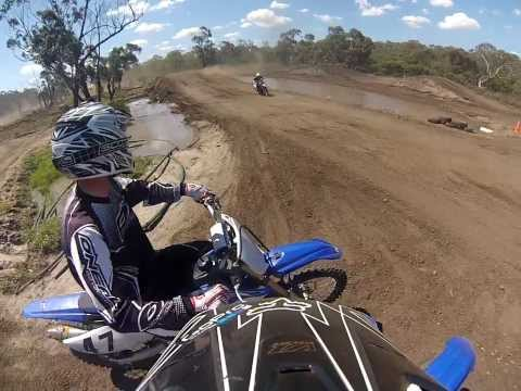 yamaha yz125 at frankston motocross track