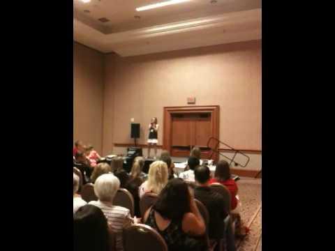 Sheena singing in Vegas