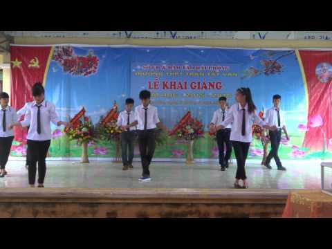 Dân vũ Sara Sayang. A2 THPT Trần Tất Văn