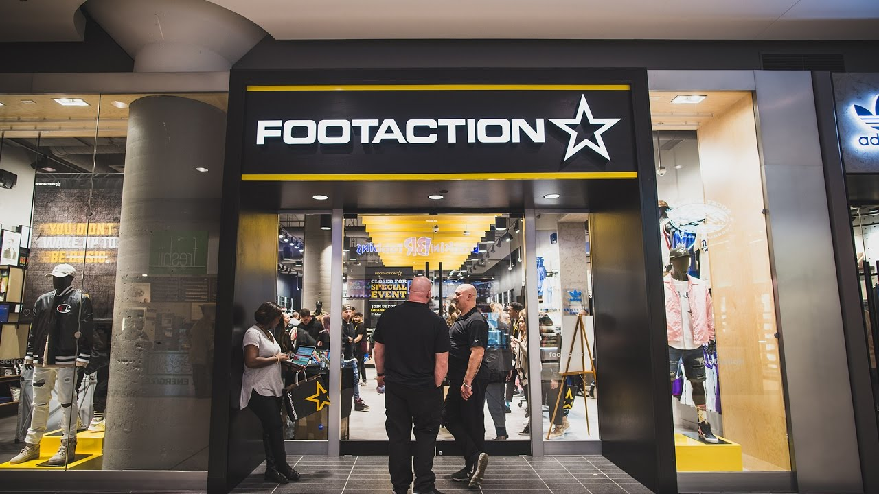 10c5eb26196581 Footaction Toronto Early Access Event - YouTube