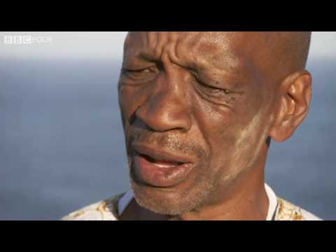 Julia's guide Willie Komani describes the Xhosa 'click' language - South Africa Walks - BBC Four