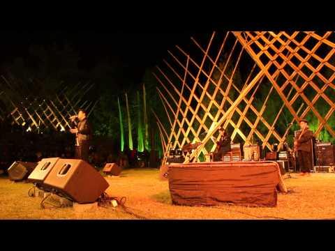 Tulus - Bunga Tidur - Jazz Gunung 2015