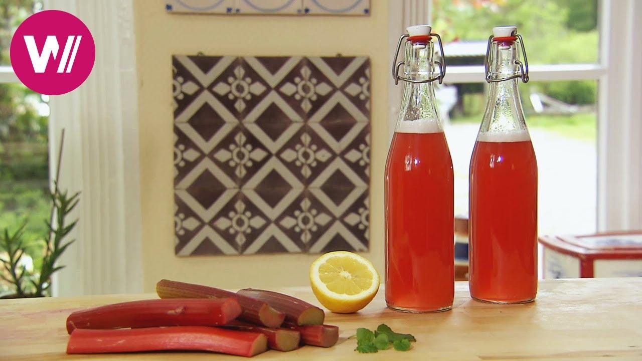 Rhabarbersirup selber machen (mit Rezept) - Sommerdrink