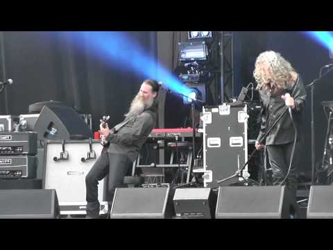 "Robert Plant and the Sensational Space Shifters - The Wanton Song ""Live@Gröna Lund"""