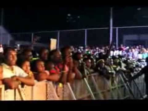Waconzy's Performs I Celebrate On Stage At Calabar Carnival
