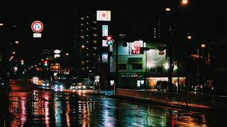 ASMR - Night in the city (rain, thunder, traffic & city sounds...)