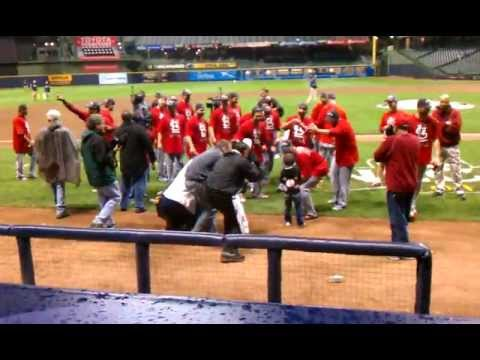 2011 NLCS Game 6 St. Louis Cardinals Celebrate 2/3