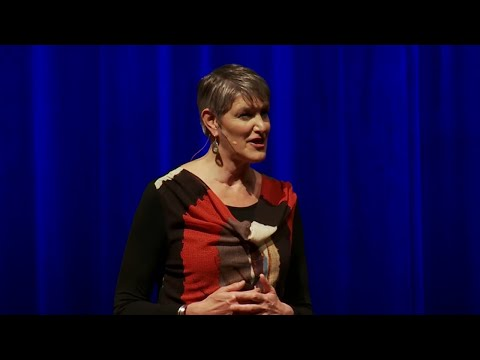 How Oral Tradition Singing Helps Us Live & Work Better Together | Barbara McAfee | TEDxBend