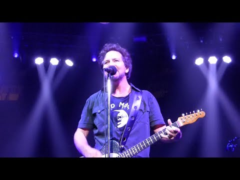 Pearl Jam 12-04-2013 Vancouver BC Full Show Multicam SBD Blu-Ray