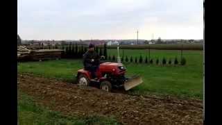 traktorek kmz 012