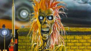 Iron Maiden - Prowler (lyrics)