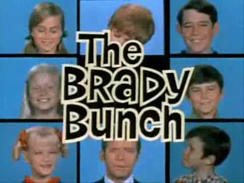 The Brady Bunch Season One Intro with Season Four Theme Song