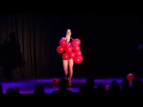 Felicity Fawn at Winnipeg International Burlesque Festival August 19th 2017