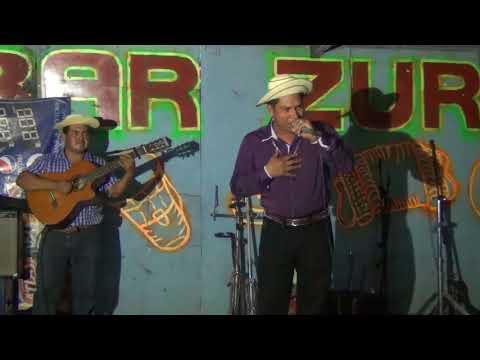 Ariel Gonzalez y Salomon Moreno- fiesta de Rodrigo Carrasco- por La fama tv 2018