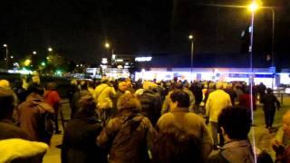 """Protesta en Bellvitge camino  al ayuntamiento de Hospitalet """"contra el cierre del CAP"""" 22.11.2011"""