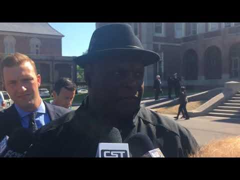 Hall of Famer Rickey Jackson first former Saints player to arrive for Tom Benson's visitation