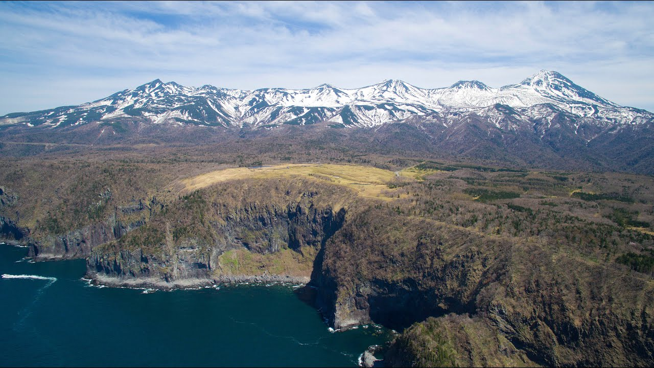 DRONE×HOKKAIDO 4K 知床連山 Shiretoko mountain range - YouTube