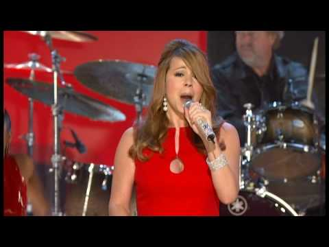 [HQ] Mariah Carey - Christimas - (Baby Please Come Home) Grammy Nominations Concert Live
