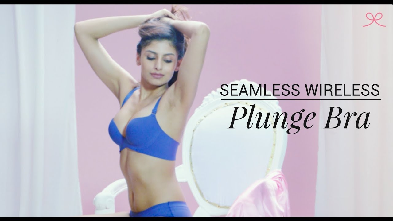 58b0862dfd4e5 Seamless Wireless Plunge Bra - Miracle Fit Collection - YouTube