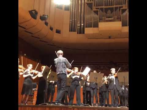 Extrait de la Symphonie n°1 de Beethoven filmé à l'opéra de Sydney