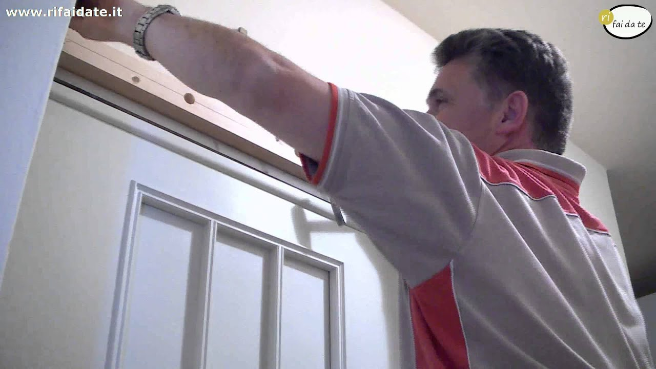 Montare una porta scorrevole al muro youtube for Porte a scrigno leroy merlin