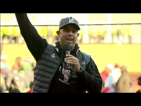 Alex Cora addresses fans during 2018 World Series parade ...