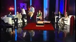 علي يغني موال لخطيبته وللمذيعة رابعة