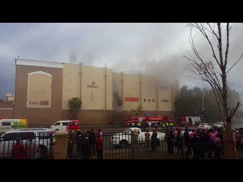 Bloemfontein Mall on fire