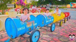 หนูยิ้มหนูแย้ม   เล่นซ่อนหากับคุณพ่อ YimYam Pretend Play in the Swiss Sheep Farm